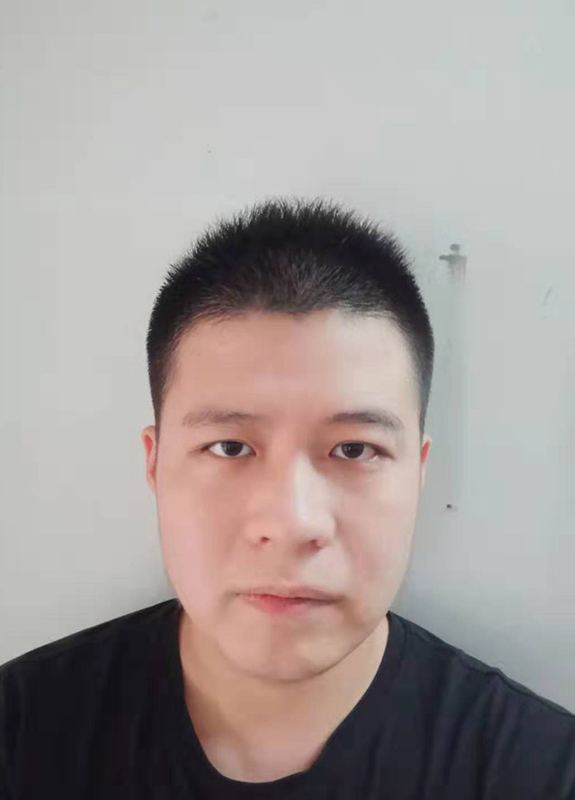 徐皓明-1.jpg