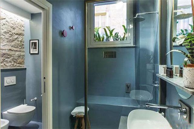 淋浴间钢化玻璃.jpg