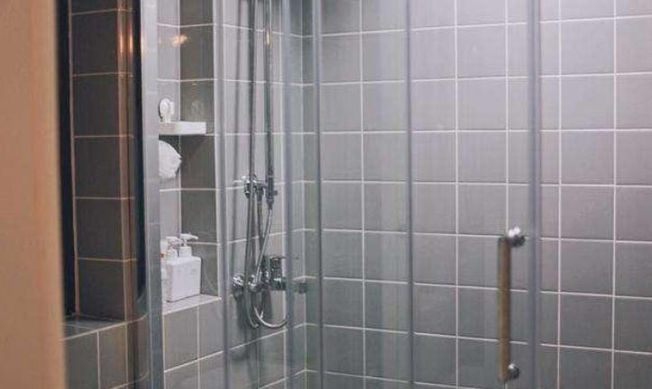 浴室美縫.png