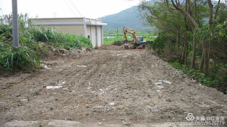 农村垃圾压缩中转站的建设