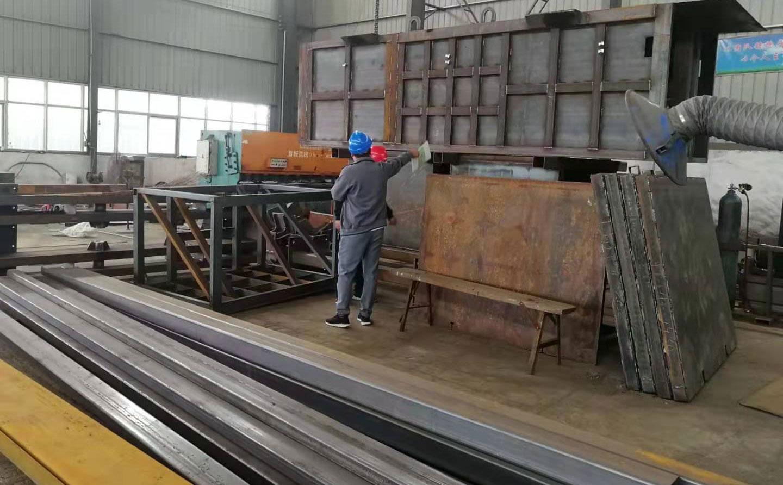 许昌客户来厂考察地埋式垂直垃圾压缩中转站设备