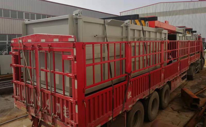 垂直式垃圾压缩机的运输