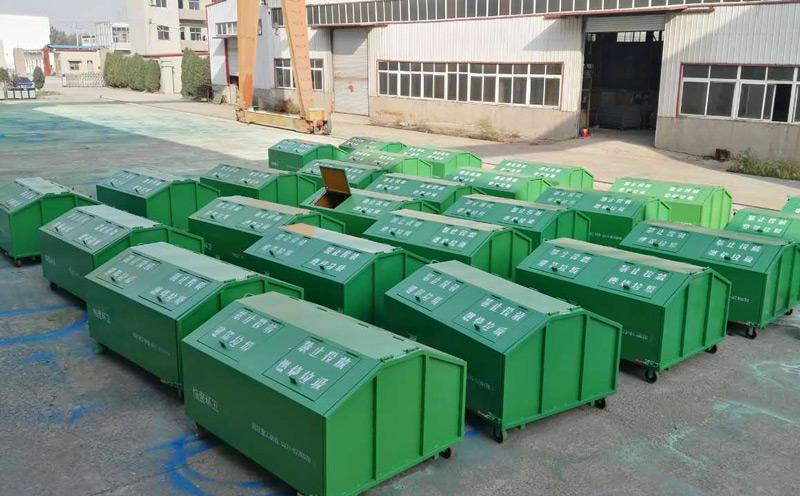 3立方勾臂式垃圾箱厂里有大量现货