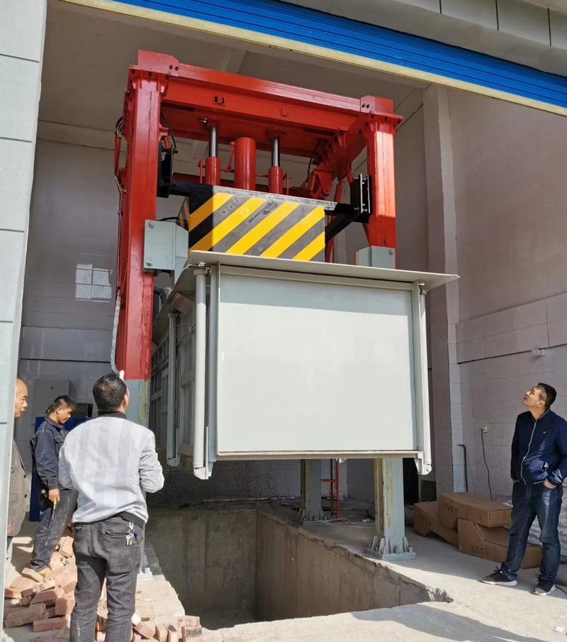 三缸四柱垂直压缩垃圾站