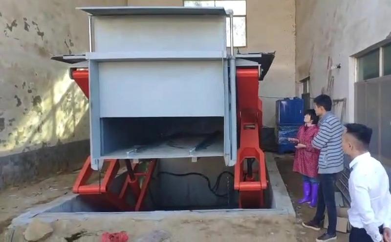 江西南昌县的乡镇地埋式垃圾站的施工现场