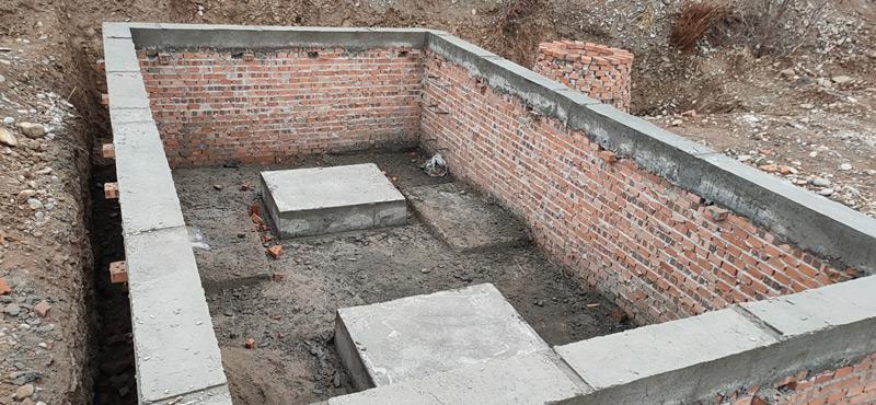 地埋式垃圾压缩站地坑基础