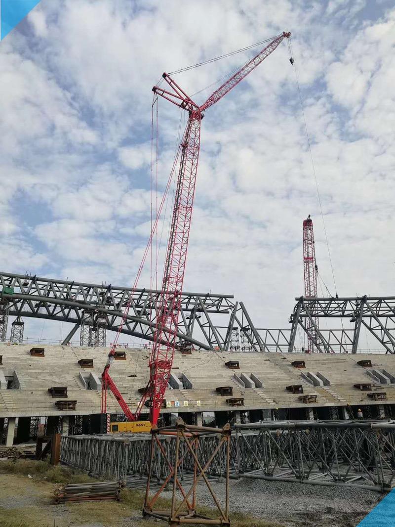 【XGC200吨】【XGC400吨2台】江苏泰州体育场钢结构安装-800.jpg