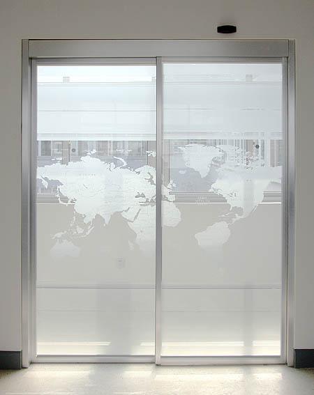 济南感应门,济南玻璃隔断,济南活动隔断门
