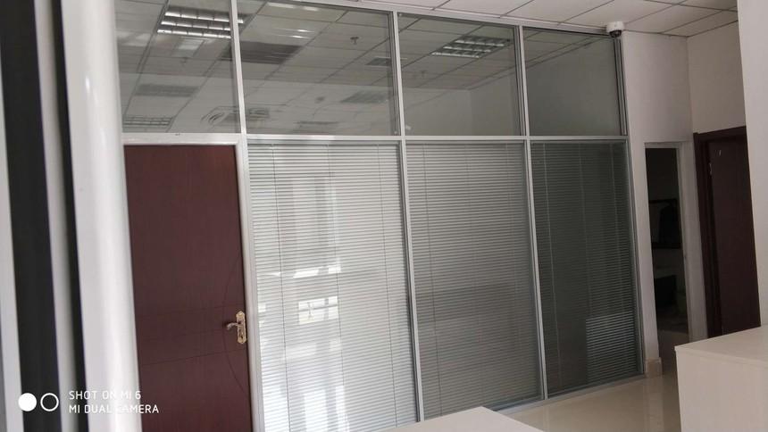 济南办公室玻璃隔断墙