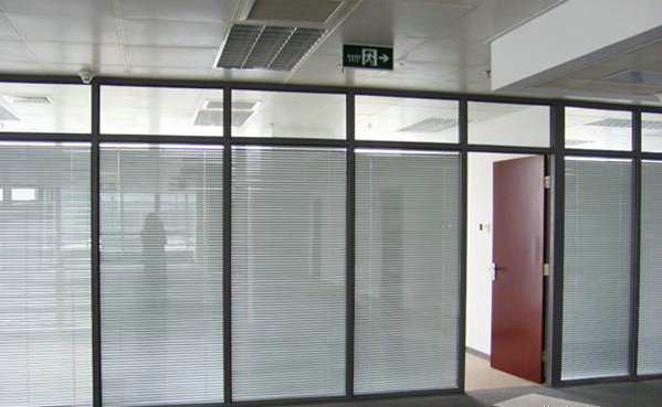 淄博玻璃隔断墙