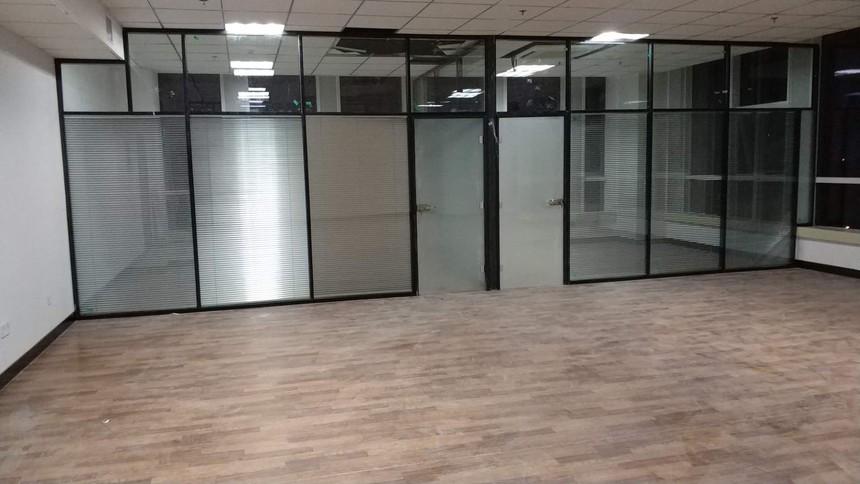 办公室玻璃隔断厂家.jpg