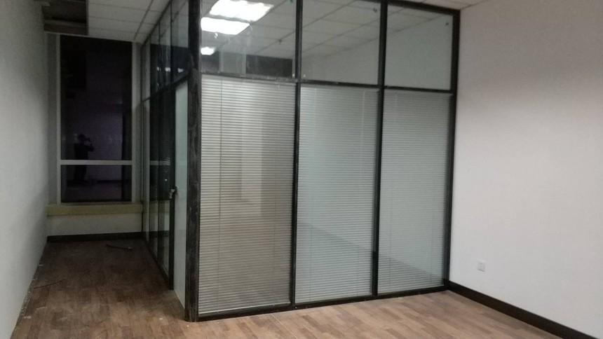 济南百叶玻璃隔断