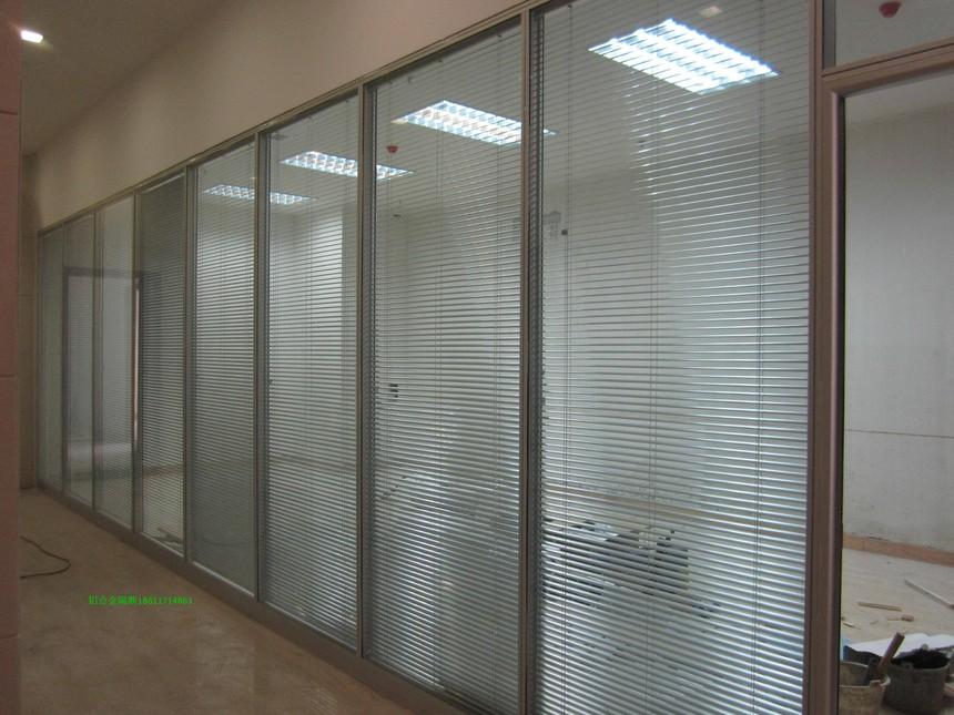 济南玻璃隔断安装