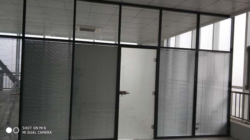 双玻百叶玻璃隔断