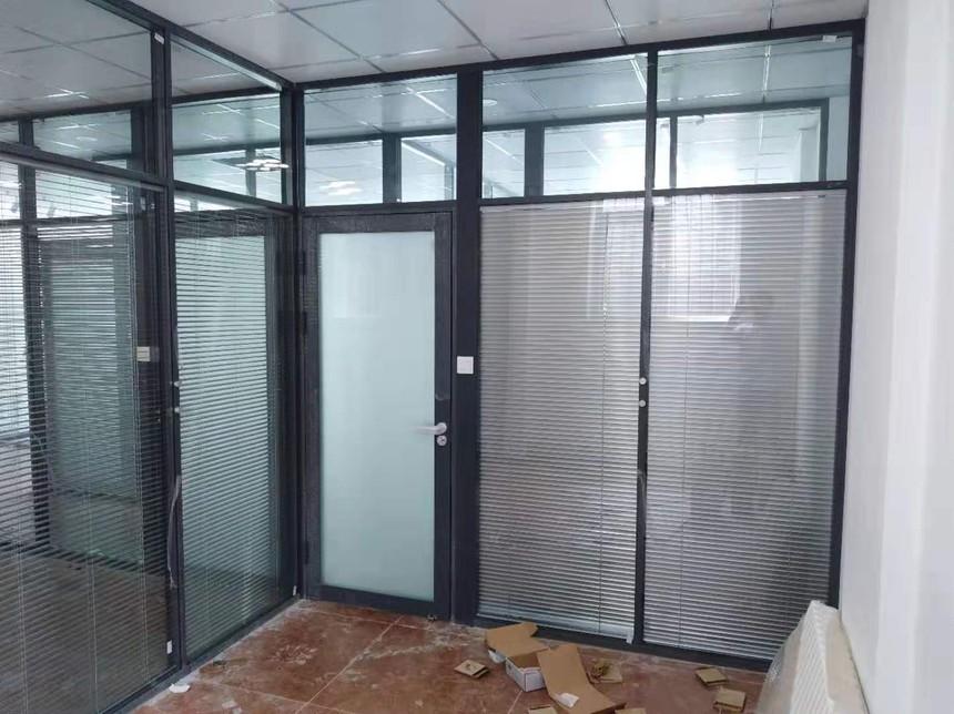 玻璃隔断,铝合金门,百叶玻璃隔断