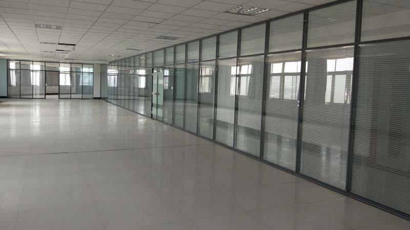 济南玻璃隔断,玻璃隔断安装