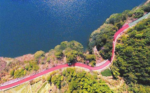绿色发展点亮中国经济,为建设美丽中国夯实基础