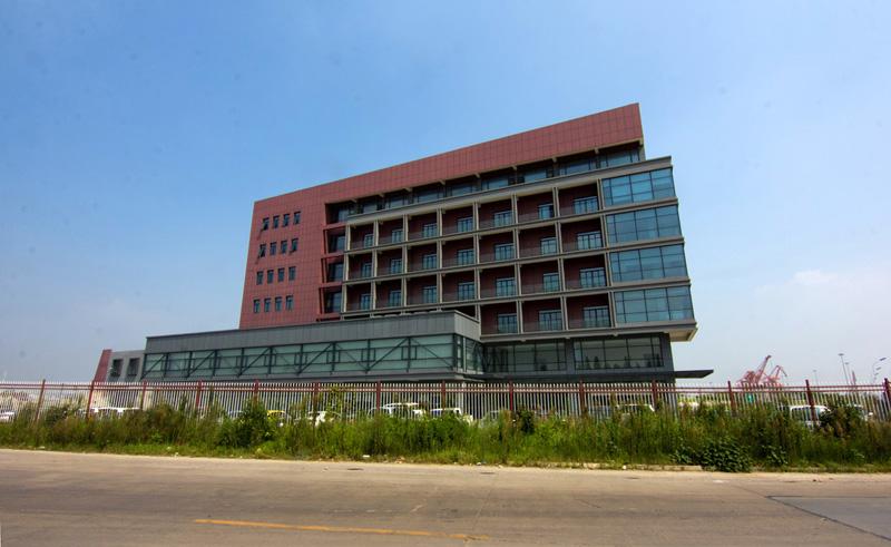 张家港港新重装码头港务有限公司办公楼.jpg