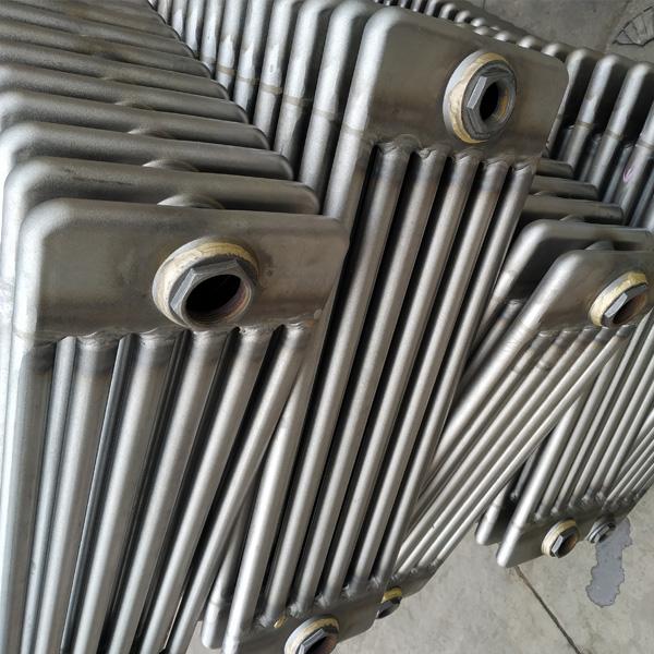 钢柱散热器-1.jpg