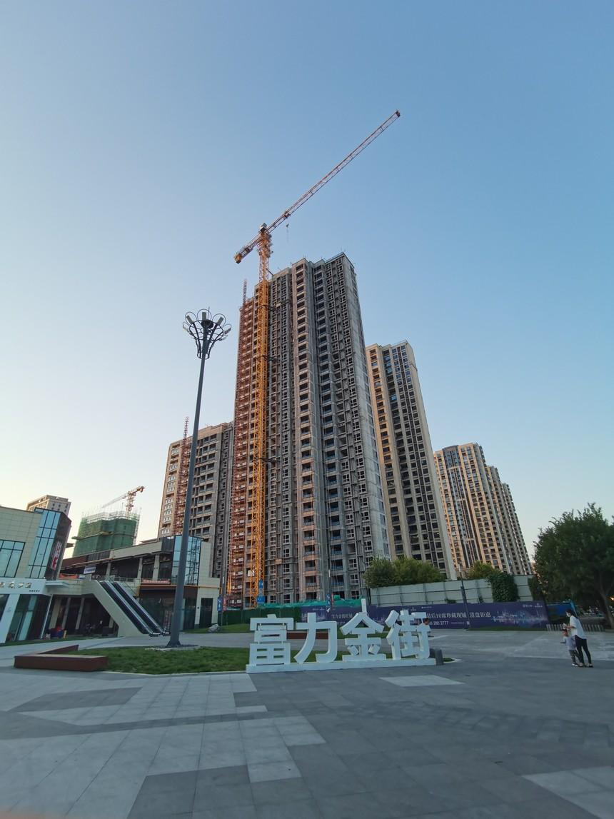 淄博富力万达广场外墙保温材料施工