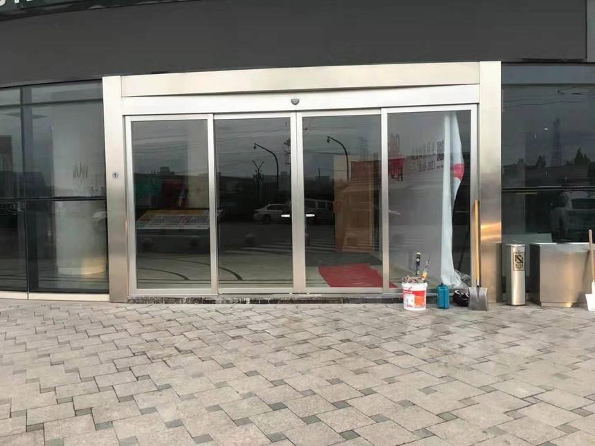 恒大建材平移自动门安装