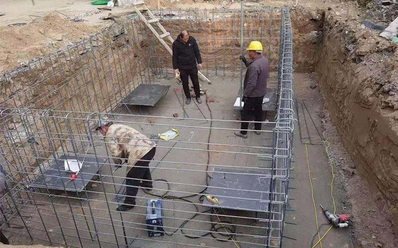 地埋式垃圾压缩站配套基坑的尺寸
