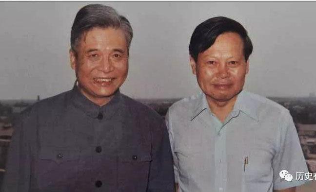杨振宁与邓稼先.jpg