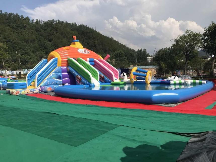 35深海潜艇实物图 (2).jpg