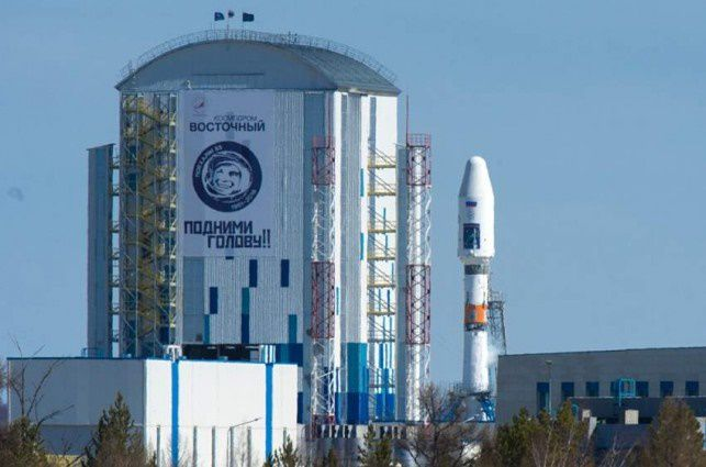 Catch up with SpaceX! Russia will launch 36 more OneWeb satellites at the end of May