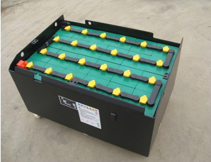 重庆叉车蓄电池2.png