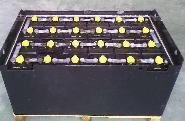 重庆叉车蓄电池.png