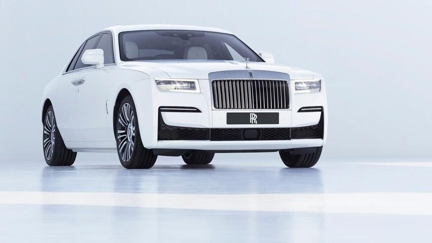 2021_Rolls-Royce_Ghost-3.jpg