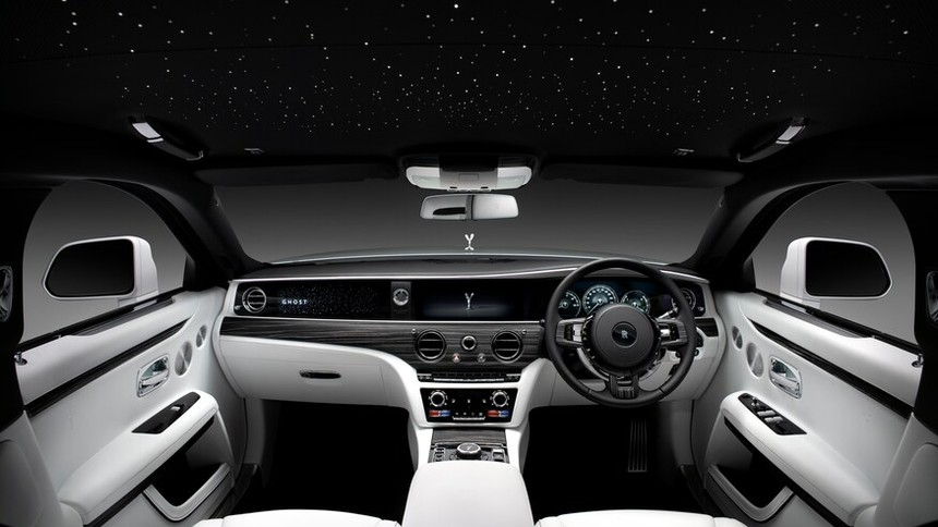 2021_Rolls-Royce_Ghost-9.jpg