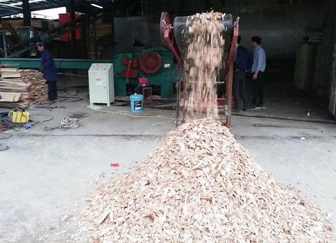 防止木材破碎机生锈的方法