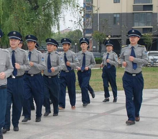 保安公司年度工作分配中,消防演练是关键的阶段