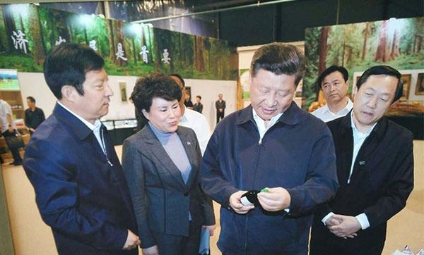 2016年5月23日国家主席习近平来到伊春生态工业示范基地考察调研