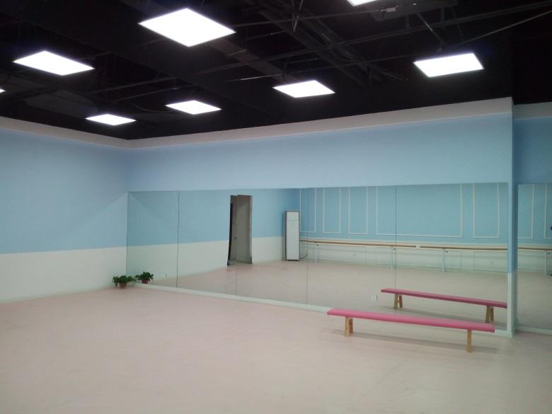 舞蹈教室.jpg