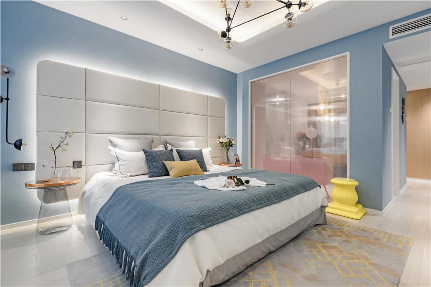 杭州轻奢风三居卧室装修效果图