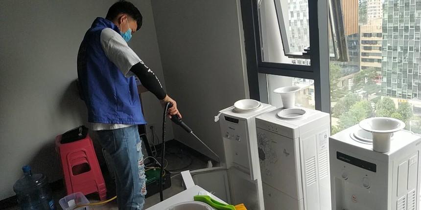 饮水机清洗1.jpg