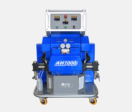 高标准的热力管道保温聚氨酯发泡保温喷涂机需要花多少钱