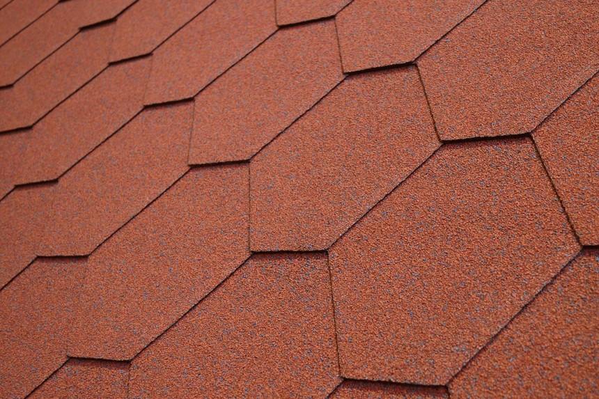 asfaltovy-sindel-charbit-asfaltovy-stresni-sindel-hexagonal-cerveny.jpg