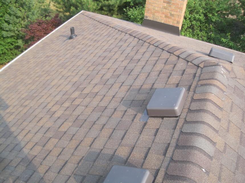 Toronto-Roofing-Asphalt-Shingles-Certainteed_Landmark-Heather-Blend-4.jpg