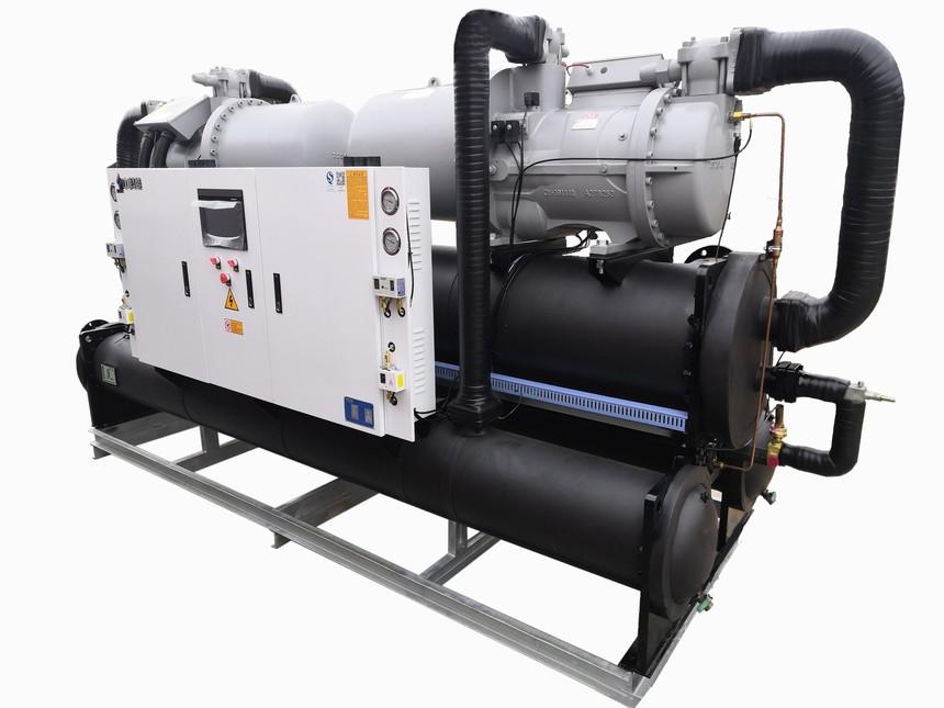 螺杆式水地源热泵.jpg