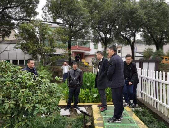 绍兴市综合行政执法局王处长带队到柯桥考核农村生活污水处理设施运维工作