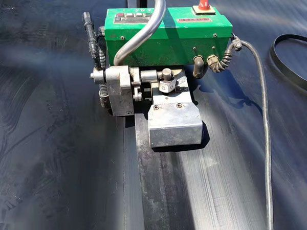 fun88乐天堂客户端下载膜焊接机图片.jpg