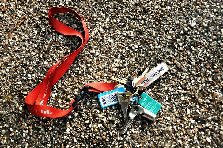keys-door-keys-house-lock-preview.jpg