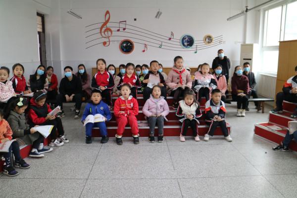 观摩音乐课堂.JPG
