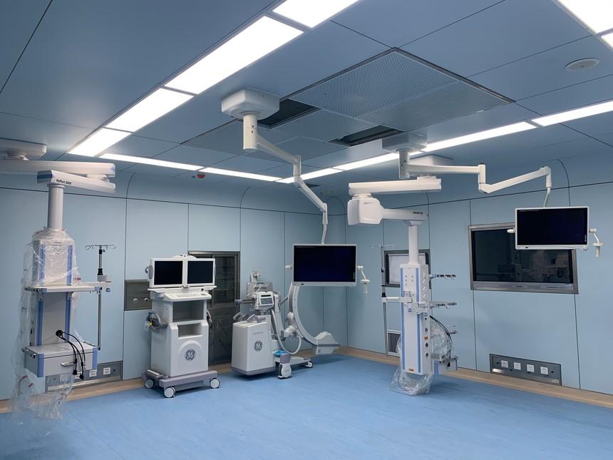 數字化手術室2.jpg