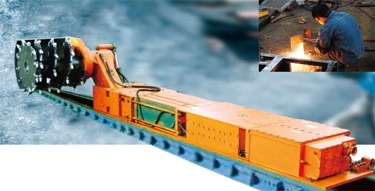 MG100 111-TD型交流电牵引采煤机 (水冷型).jpg