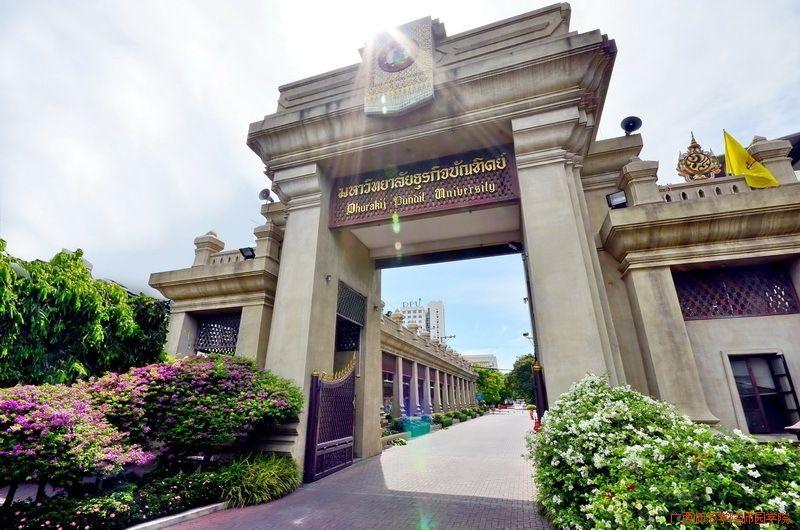 泰国学校3.jpg